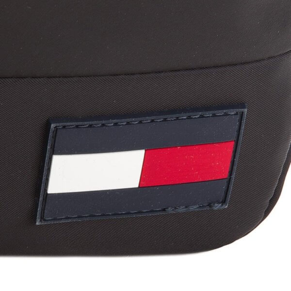 Organizér Tommy Hilfiger Escape Mini Crossover detail