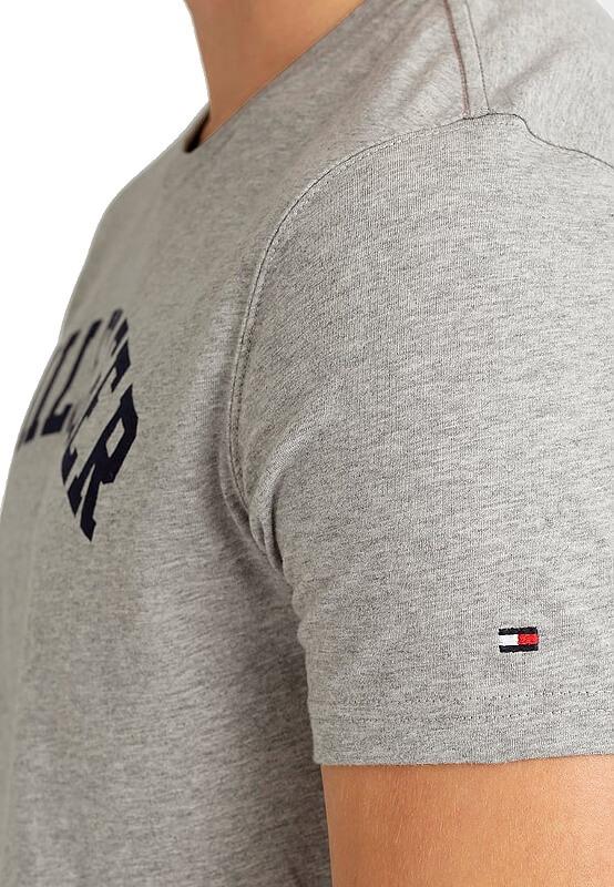 Pánske tričko Tommy Hilfiger Icon SS Tee Logo šedé detail foto