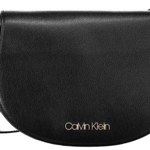 Calvin Klein dámska crossbody kabelka Frame Med Saddle Bag 001