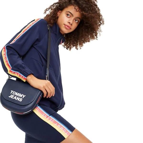 Kabelka Tommy Hilfiger Tommy Jeans Leather Crossover Bag 01