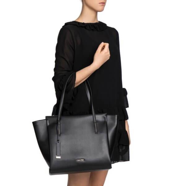 Kabelka Calvin Klein Frame Large Shopper čierna K60K603977 001_7